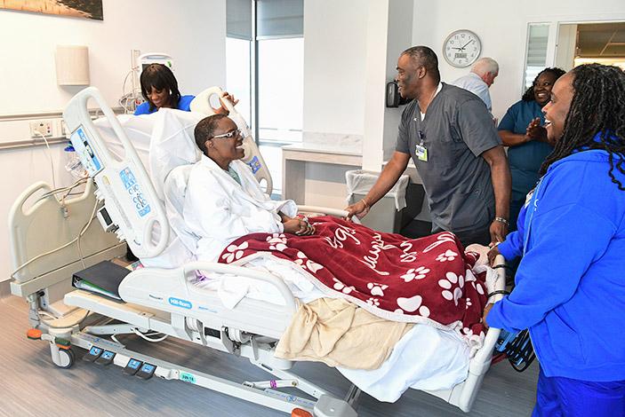 собираться в больницу