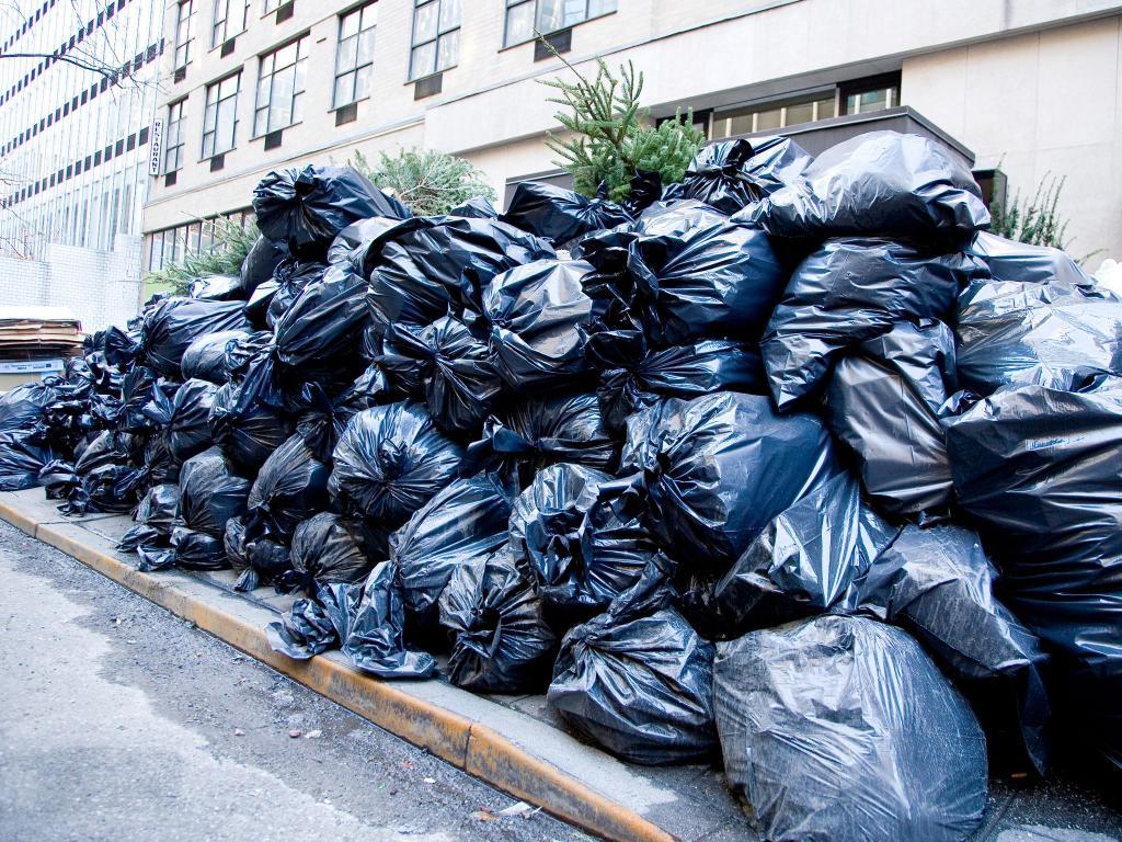 к чему снится мусорка