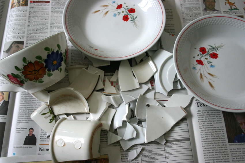 Видеть во сне разбитую посуду