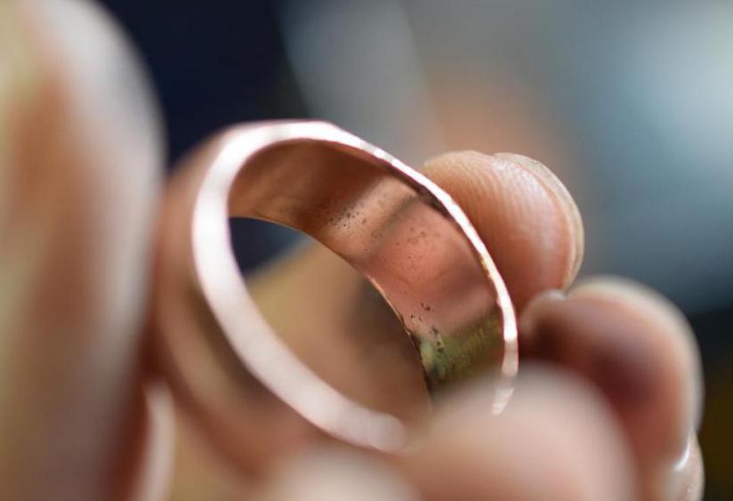 к чему во сне примерять чужое старое кольцо