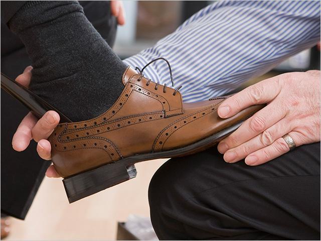 Что означает покупка обуви во сне