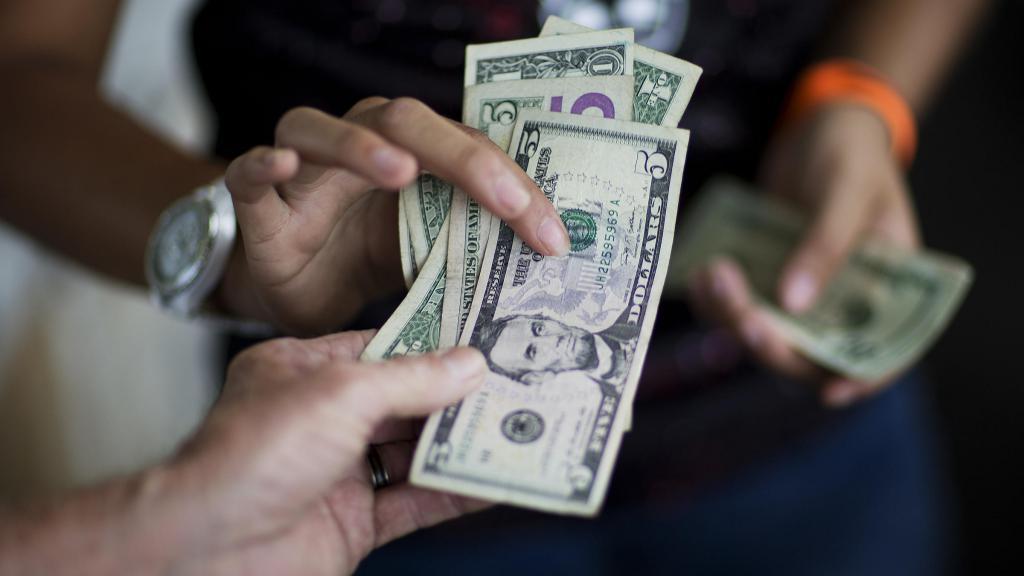 комиссия за снятие наличных альфа банк кредитная карта 100