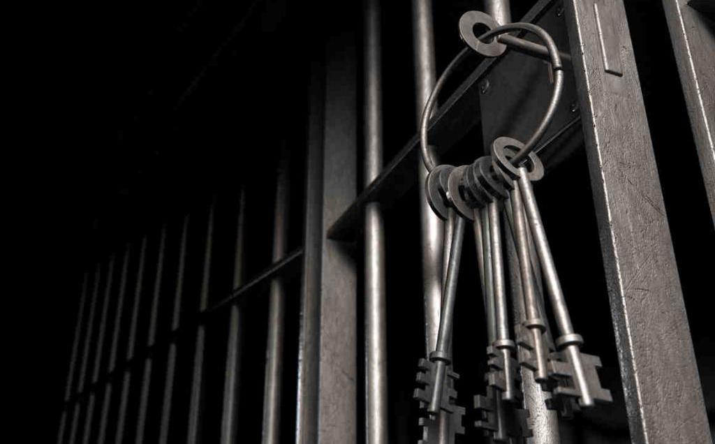К чему снится тюрьма женщине или мужчине