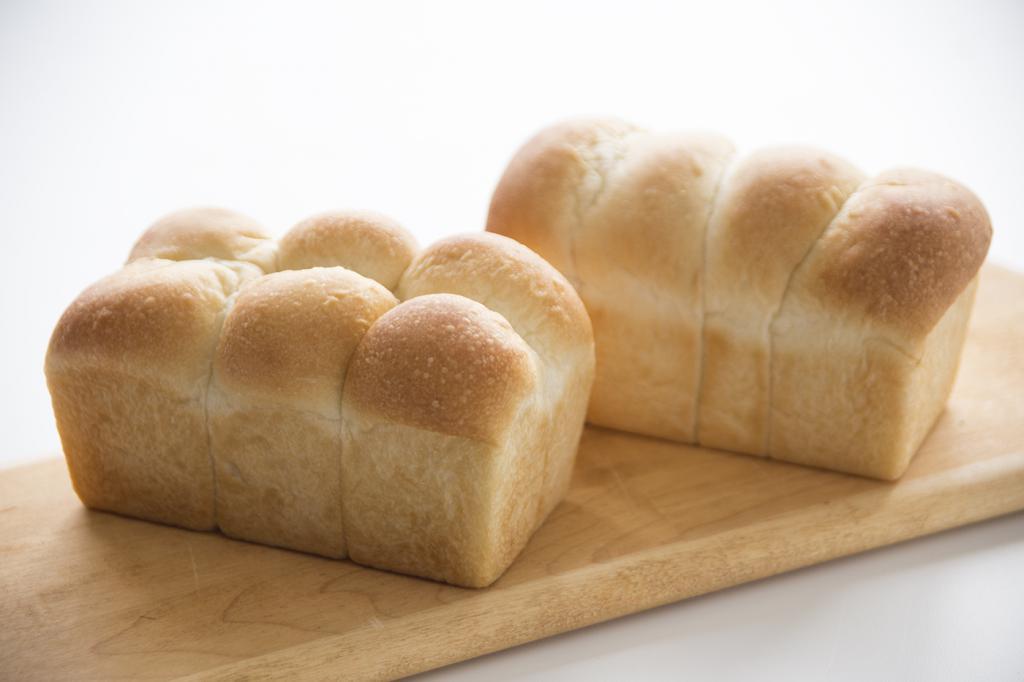 Свежеиспеченный хлеб сулит получение удовлетворения от выполненной работы.