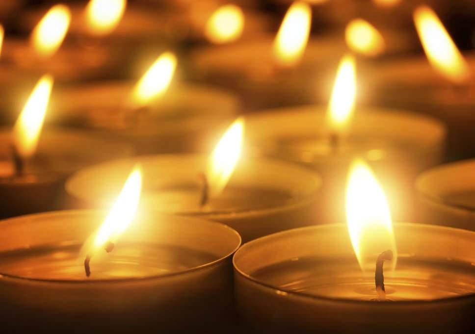 К чему снятся свечи? Сонник: горящая свеча, церковные свечи, белые свечи, свеча потухла, зажигать свечи во сне || Сонник горящая свеча в руке