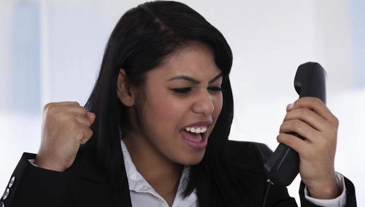 ругаться по телефону