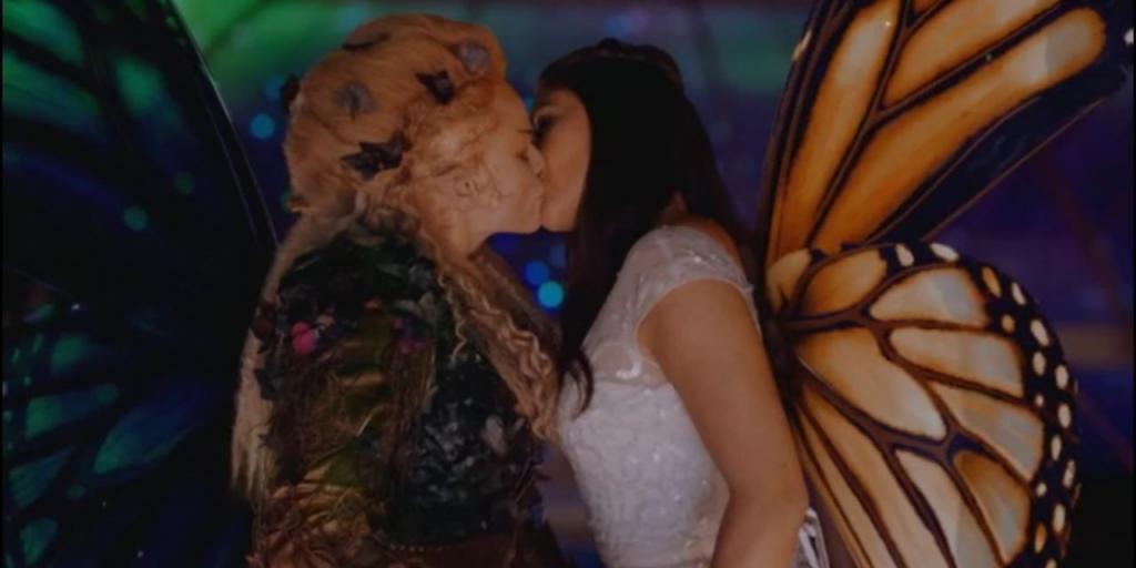 Сон целоваться в губы с женщиной thumbnail