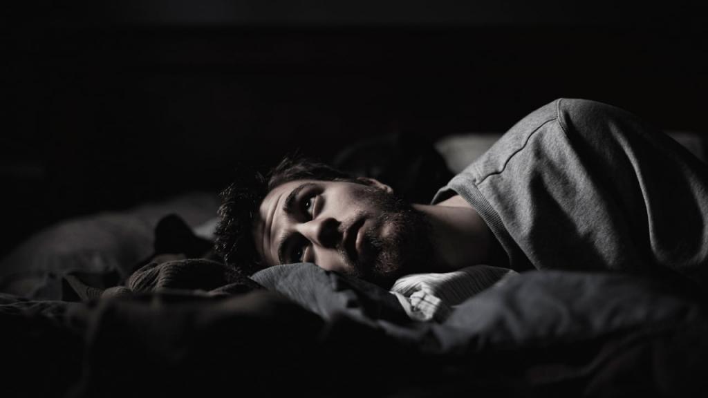Мужчина проснулся от кошмара