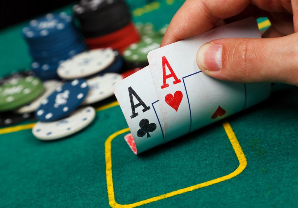 Играть в карты и выиграть во сне игры онлайн бесплатно алладин играть бесплатно карты