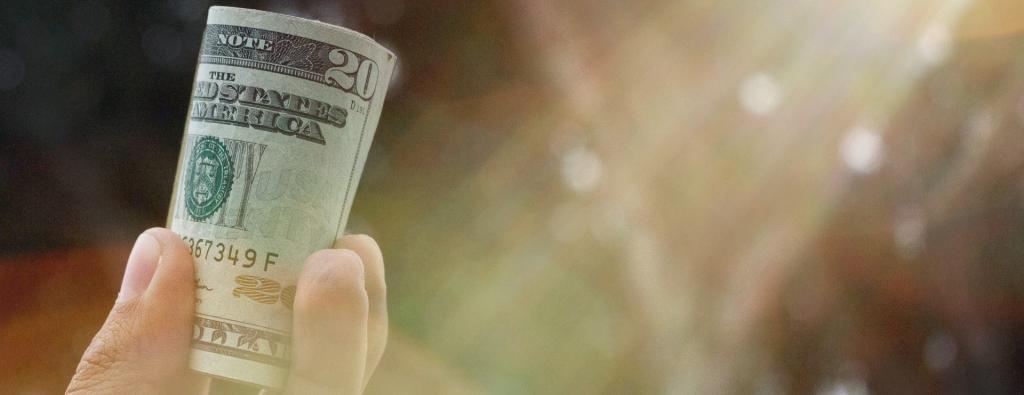 к чему снится занимать деньги