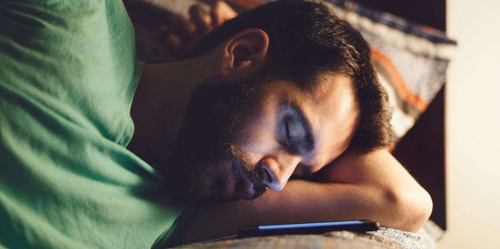 К чему снится разговаривать во сне с умершим человеком: значение и токование сна