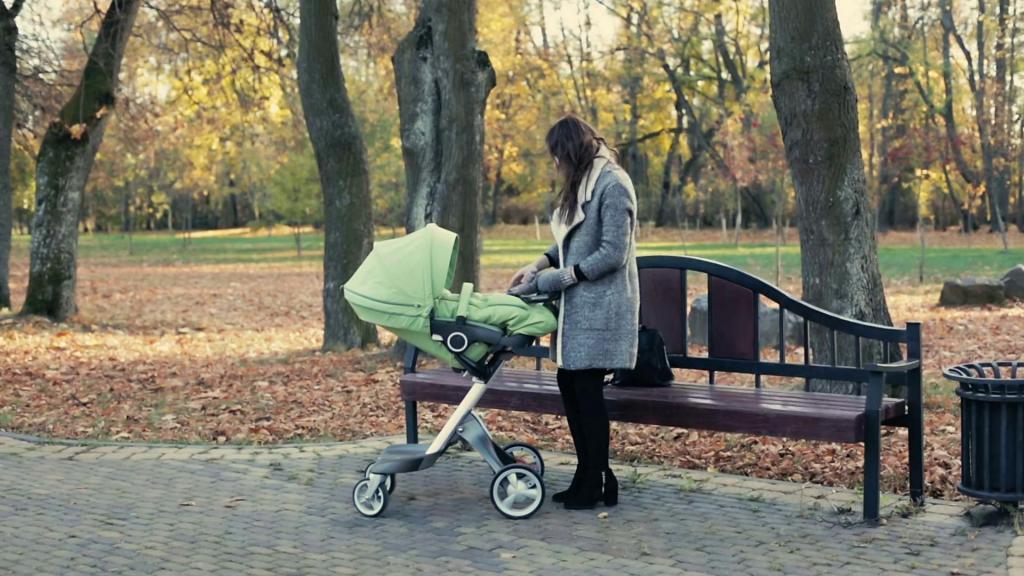 к чему снится пустая детская коляска