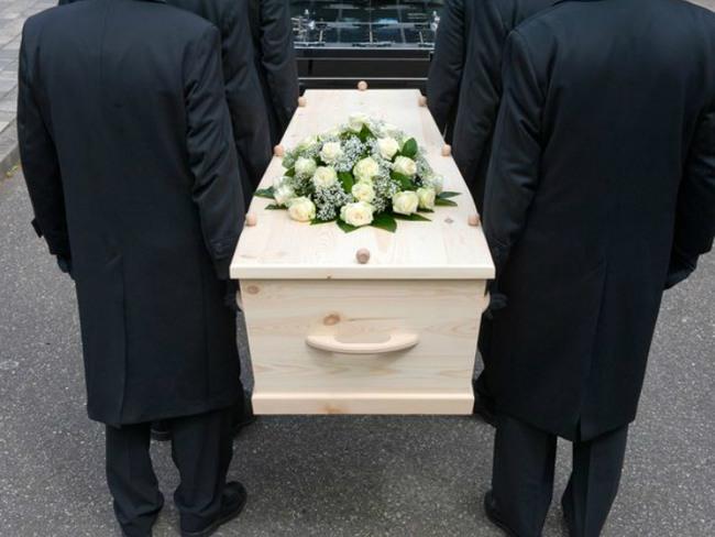 Увидеть себя в гробу мертвым во сне thumbnail